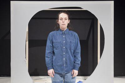 ROOMS, JUNK AND OTHER FORCES - une pièce de Jules Gimbrone. Théâtre de l'Usine, Genève, le 02 mars 2015. © Dorothée Thébert Filliger